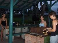 Hungrige Maeuler beim BBQ!