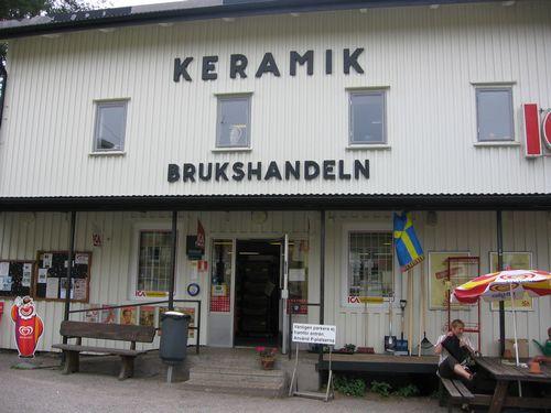 """Der Shop mit den \""""Osterfedermädchen\"""""""